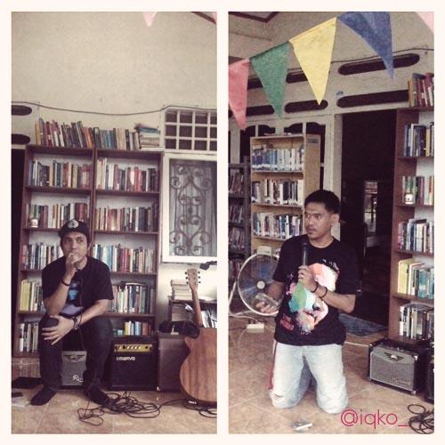Daeng Ipul dan Iko dari radio Madama bercerita tentang kaset masing-masing