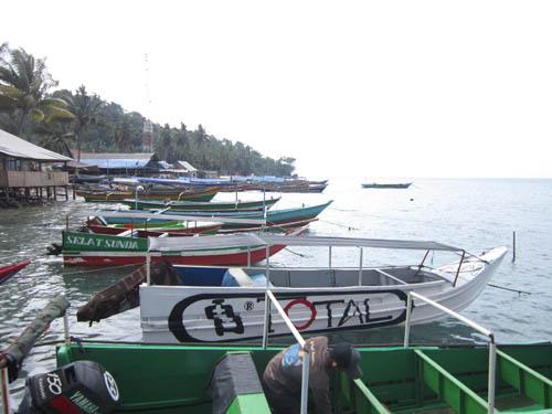 Suasana Pelabuhan