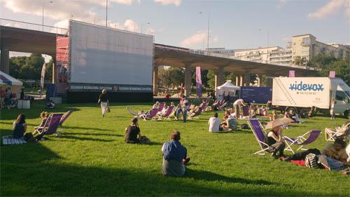 Arena festival film musim panas.